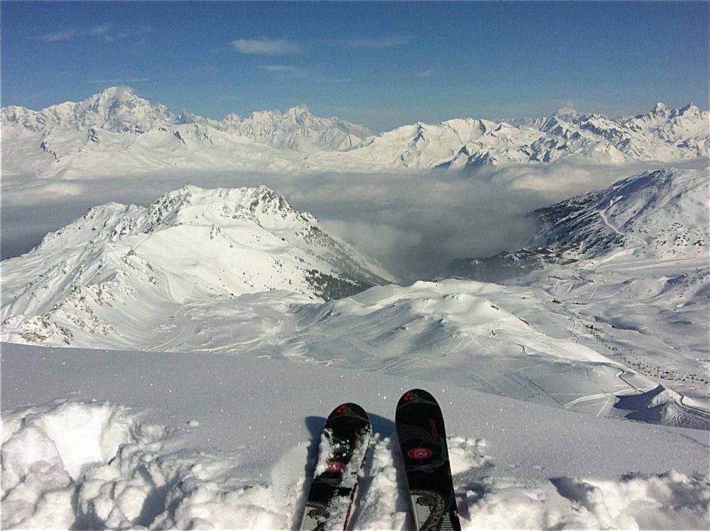 sommet aiguille grive descente en neige poudreuse